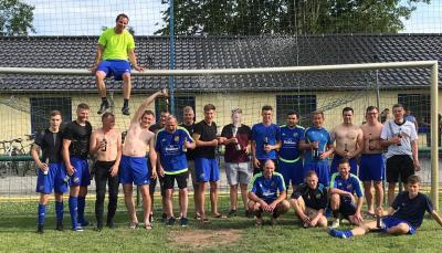 Foto zur Meldung: Fußball: Die Erste wird verdienter Meister der Kreisliga/Staffel West