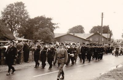 Festumzug am Amtsfeuerwehrtag in Schmalensee am 12. Juli 1964