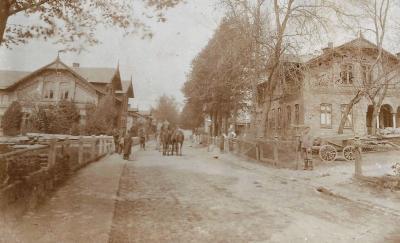 Dorfstraße 1907 - Hof Schnohr links, Hof Harder rechts