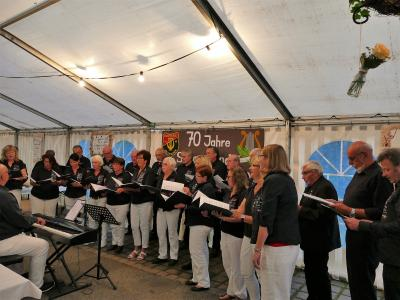 Foto zur Meldung: Feierstunde der Sängerrunde Holzkirchen