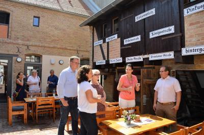 Vorschaubild zur Meldung: Jesse informiert sich über Stadtentwicklung in Nauen