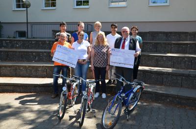Vorschaubild zur Meldung: Schüler der Mittelschule Sennfeld engagieren sich für Rumänien