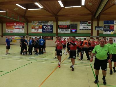 Vorschaubild zur Meldung: 1. Herren unterliegt Drittligist Eintracht Hildesheim nach couragierter Leistung
