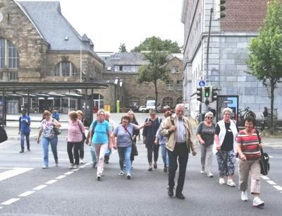 Vorschaubild zur Meldung: Die Nordic-Walker besuchen Aachen