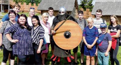Auf der Burg Owidz erfuhren die Gäste viel Interessantes zu den Bräuchen und dem Glauben aus dem Mittelalter.Daniel Piasecki
