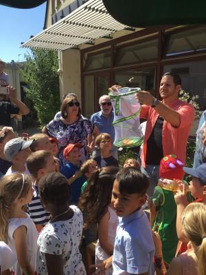 """Vorschaubild zur Meldung: Abschiedsgottesdienst und Sommerfest in der Ev. Kindertagesstätte """"Pusteblume"""""""