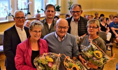 Foto zur Meldung: Blumen für die neuen Ortschefs