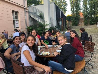 Vorschaubild zur Meldung: Griechischer Besuch am von Saldern-Gymnasium