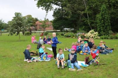Vorschaubild zur Meldung: Ein Picknick bei Sonnenschein ...