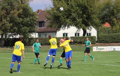 Gegen Penzlins zweite Mannschaft überzeugte der Demminer SV ( grüne Trikots ) auf ganzer Linie