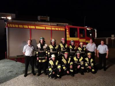 """Vorschaubild zur Meldung: Gruppe der Freiwilligen Feuerwehr Happing besteht Leistungsprüfung """"Die Gruppe im Löscheinsatz"""" mit Erfolg"""