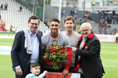 Vicenzo Grifo bei seiner Verabschiedung im Mai  - nun ist der Offensivspieler aus zurück beim SC Freiburg - Foto: Joachim Hahne