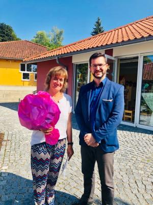 Vorschaubild zur Meldung: 25-jähriges Dienstjubiläum Frau Dörn