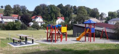 """Vorschaubild zur Meldung: Spielplatz """"Am Lone-Ufer"""" eröffnet"""
