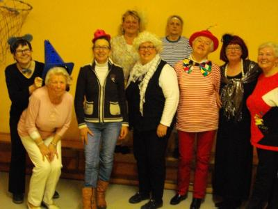 Zehn Turnschwestern feierten Karneval