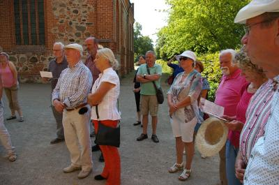 Vorschaubild zur Meldung: Erster Tag beim Treffen der nordostdeutschen Rosenfreunde in Wittstock: 23. August