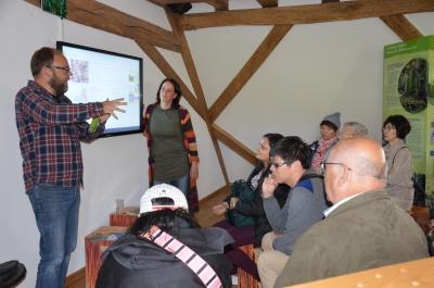 Dr. Carsten Nowak und Maren Nowak referieren zu den Besonderheiten des Spessarts