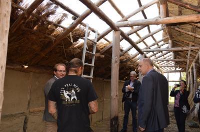 Foto zur Meldung: Ortsbesuch von Landrat Lewandowski in Nauen