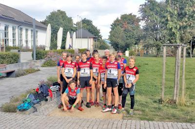 Foto zur Meldung: 21.Oberhofer Halbstundenlauf 18.09.2019 (17.00 Uhr im Kurpark)