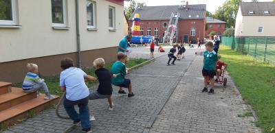 Foto zur Meldung: Olympisches Fieber auf dem Dorf -  Jugendolympiade im Groß Behnitzer Jugendclub