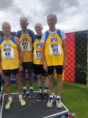 Senioren Staffel 4x400m