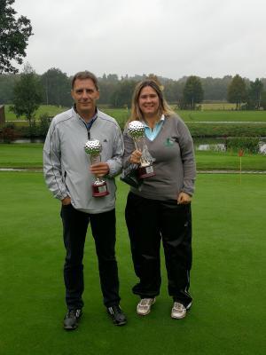 Unsere FOURSOME-Meister: Jogi Vesper und Erika Schondorf