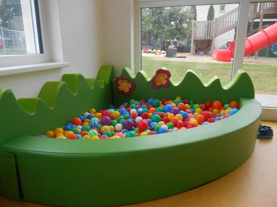 Vorschaubild der Meldung: Bällebad für die Kleinsten der KiTa
