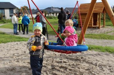 Foto zur Meldung: Neuer Spielplatz mit viel Raum für Fantasie