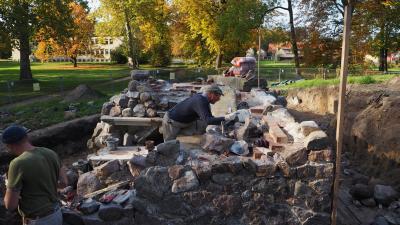 Foto zur Meldung: Besuch auf der Baustelle Grottenberg