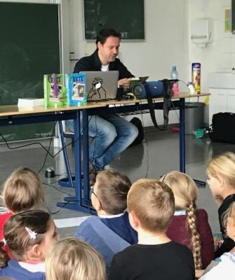 Autorenlesung an der Georg-Hager-Schule