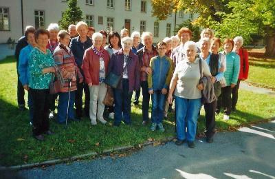 Foto zur Meldung: Der Frauen- und Mütterverein in der Basilika von Niederalteich