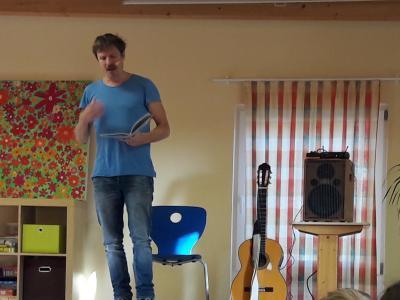 """Oliver Scherz liest aus """"Ein Freund wie kein anderer"""""""