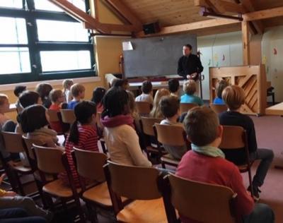 Foto zur Meldung: Autorenlesung an der Schillerschule
