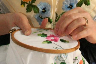 """Vorschaubild zur Meldung: """"Meine schönste Handarbeit - mit Fäden gemacht"""""""