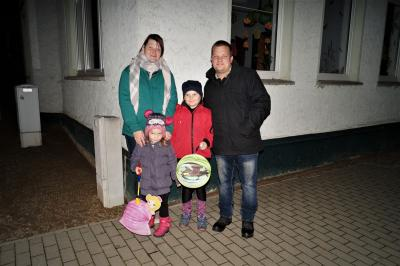 """Foto zur Meldung: Laternenumzug der KITA """"Bunte Arche"""""""