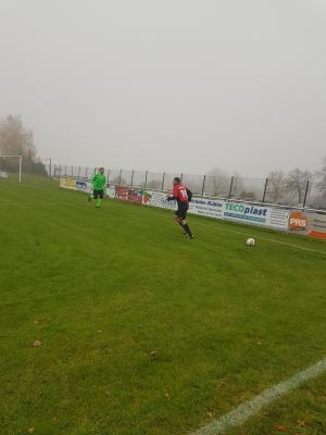Foto zur Meldung: Fussball (Bezirksliga): Dritte Niederlage in Serie