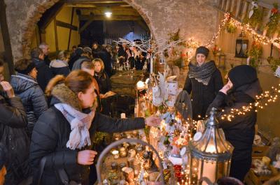 Die Besucher der Nauener Hofweihnacht schätzen vor allem die einzigartige Atmosphäre in den Höfen.