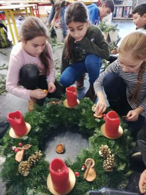 Foto zur Meldung: DIY Adventskranz