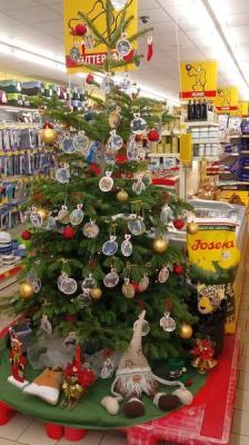 Vorschaubild zur Meldung: Weihnachtsaktion im Futterhaus Magdeburg