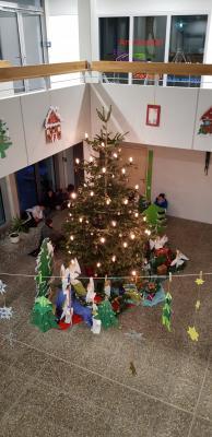 Foto zur Meldung: Weihnachtliche Stimmung beim 1. Elternsprechtag