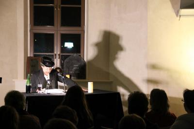 """Vorschaubild zur Meldung: Buchlesung Stefan Schael: """"Es ist das Schlagen dieses fürchterlichen Herzens"""" - E.A.Poe -"""