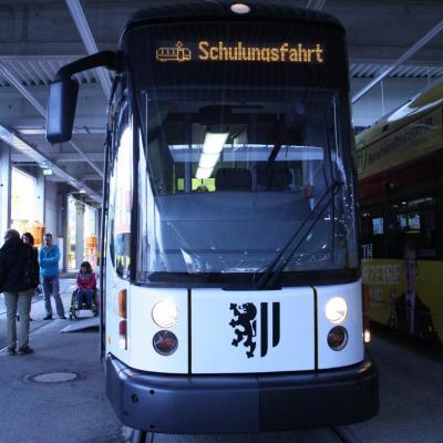 Vorschaubild zur Meldung: Mobilitätstraining mit der Dresdner Straßenbahn (SH-NEWS 2019/069 vom 10.09.2019)