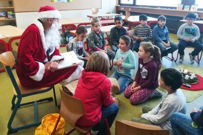 Vorschaubild zur Meldung: Der Nikolaus besuchte die Albert-Schule!
