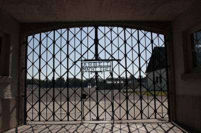 Foto zur Meldung: Klasse 9 in der KZ Gedenkstätte in Dachau
