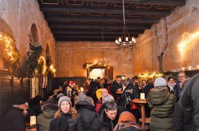 Wie gemalt: Der alte Ballsaal im Berliner Hof sorgte für eine außergewöhnliche Atmosphäre.