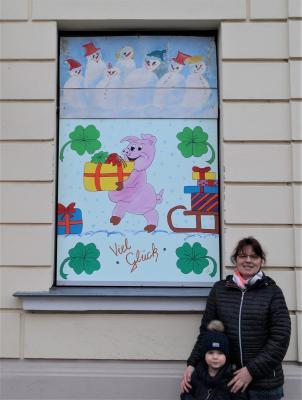 Foto zur Meldung: 18. Adventsbild: Angelika & Doris Sähloff