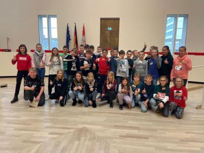 Foto zur Meldung: Wandertag Klasse 6: Landtag und Biosphäre
