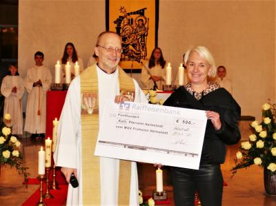 Vorschaubild zur Meldung: Frohsinn spendet für die Heizung der Pfarrkirche