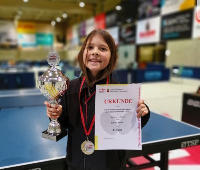Vorschaubild zur Meldung: Tischtennis - Leonie Müller holt sich den Titel