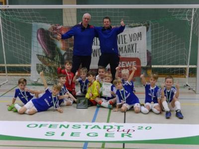 Vorschaubild zur Meldung: F-Junioren gewinnen Ofenstadt-Cup